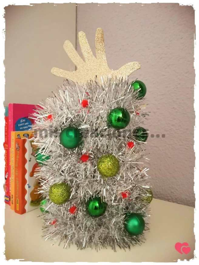 Manualidad para niños Arbol de Navidad