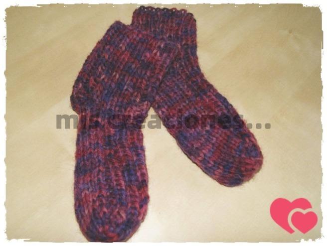 Calcetines de lana, tejidos con dos agujas